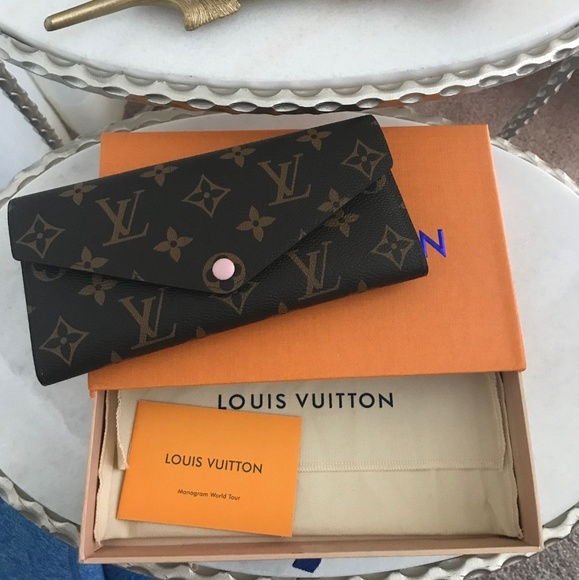 Louis Vuitton Other - Wallet